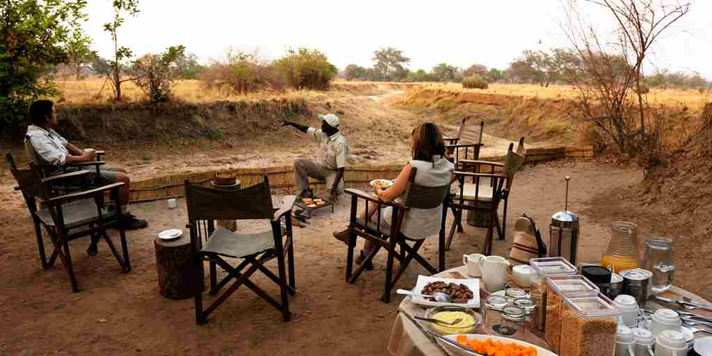 RAS - CHIKOKO TREE CAMP - BREAKFAST.jpg