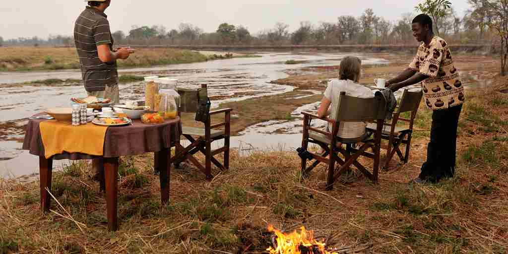RAS - MWALESHI - BREAKFAST ON THE MWALESHI RIVER.jpg