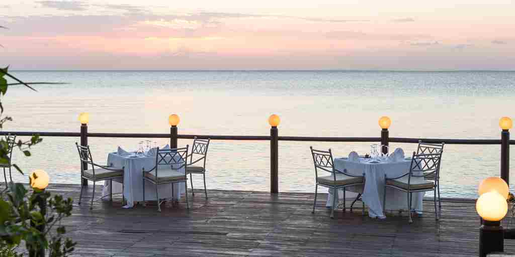 Hi_ABAZ_62299811_Beach_Deck_dinner_and_sea_view.jpg