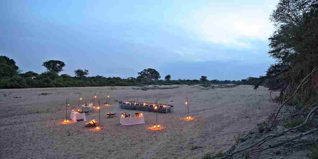 Dining-South-African-Safaris-andBeyond-Ngala-Tented-Camp.jpg