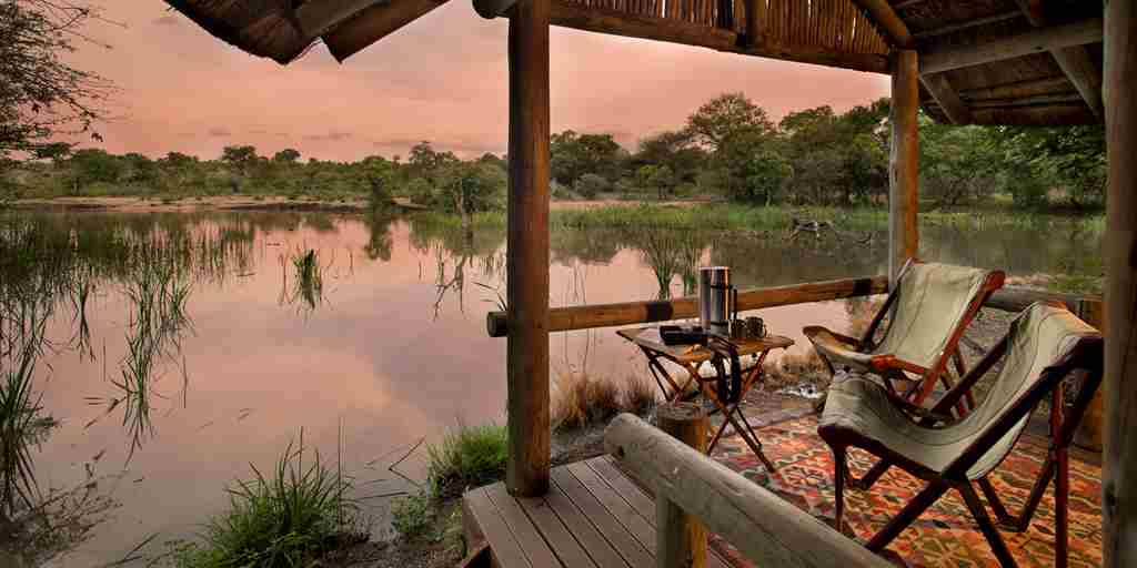 07. TANDA TULA SAFARI CAMP DECK