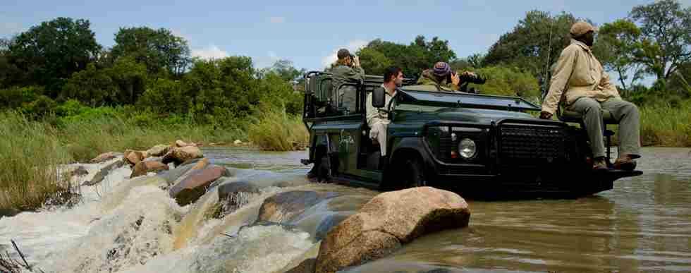 Singita-Boulders-Lodge-Game-Drive4.jpg