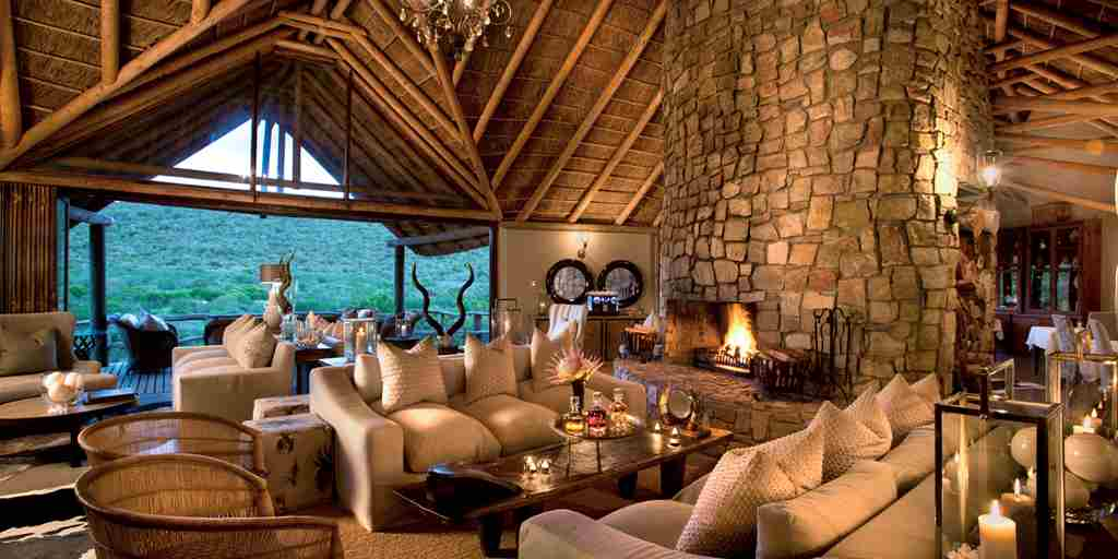 Kwandwe Great Fish River Lodge lounge int.jpg