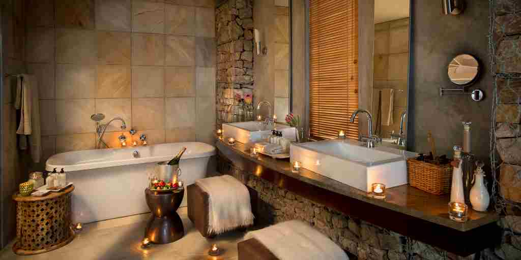 Kwandwe Ecca Lodge suite bathroom.jpg