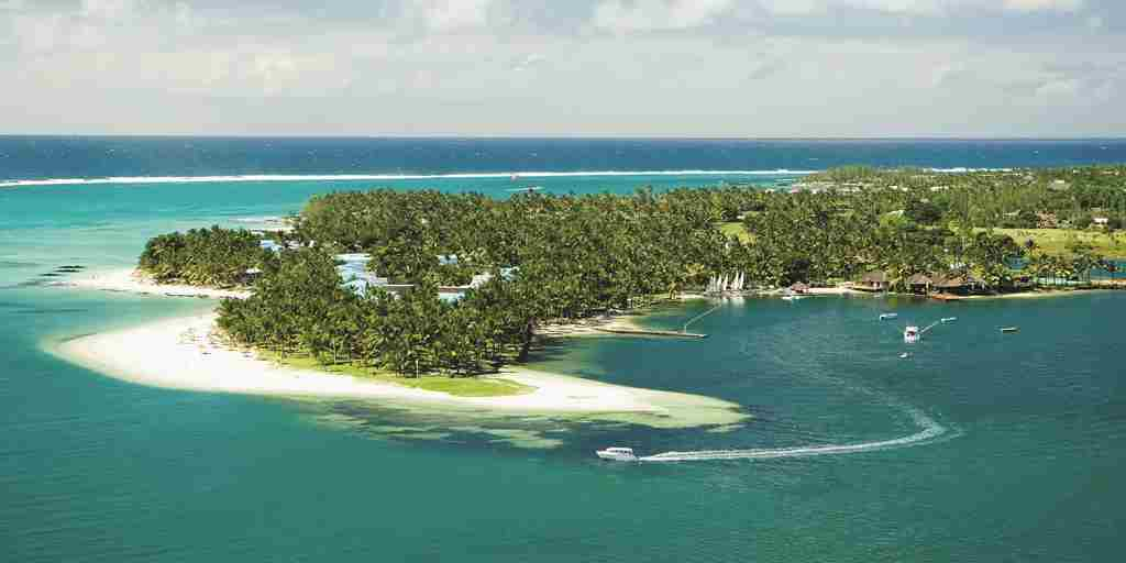 OneAndOnly_LeSaintGeran_Resort_AerialView_AerialViewOfResort_HR.jpg