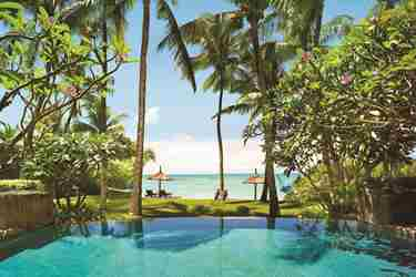 le saint geran mauritius accommodation pool beach people 29 05 2014 505hr