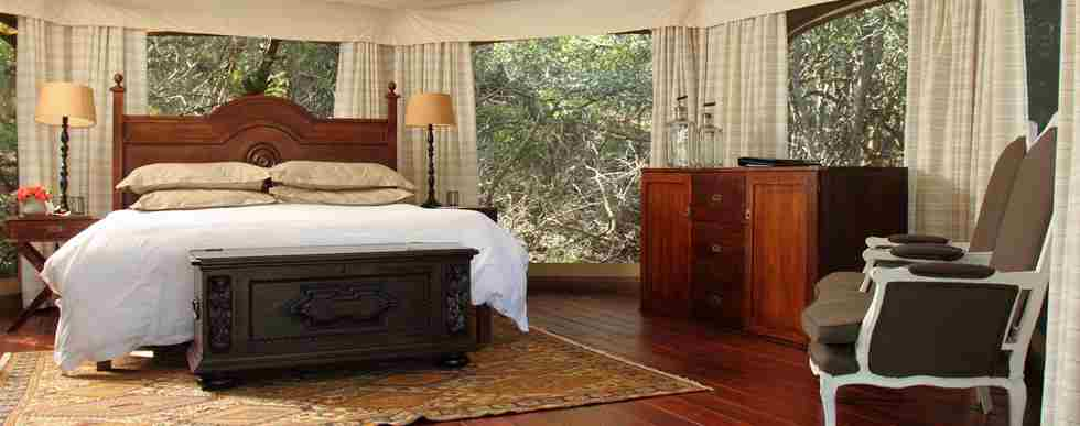 TTC013 - Thanda Tented Camp - Tent Interior - X93.jpg