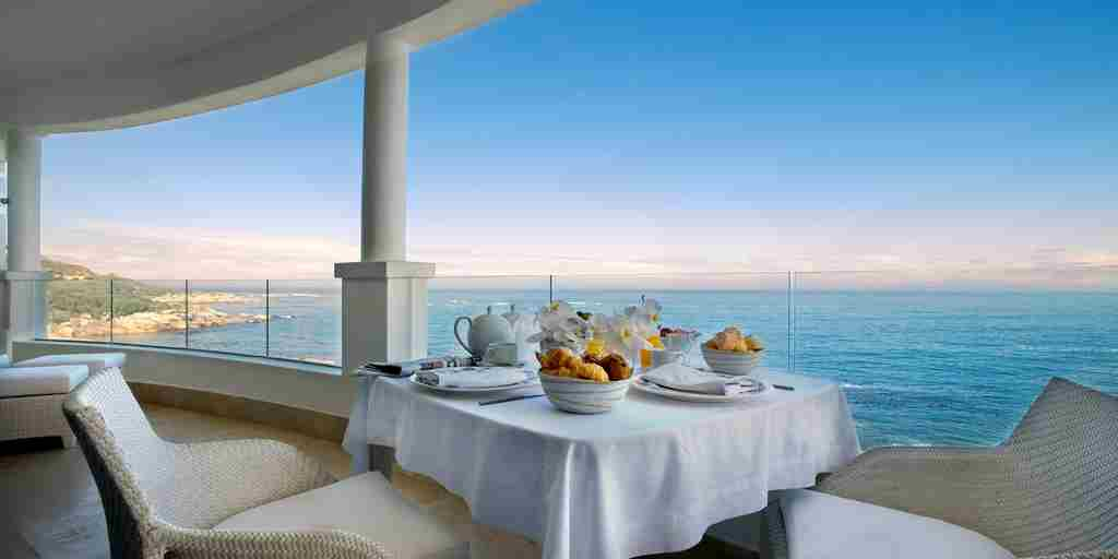 037. Presidential Suite Balcony Breakfast table.jpg