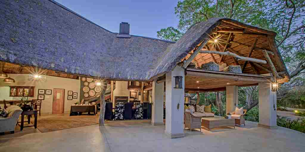 Savanna main lodge 2.jpg