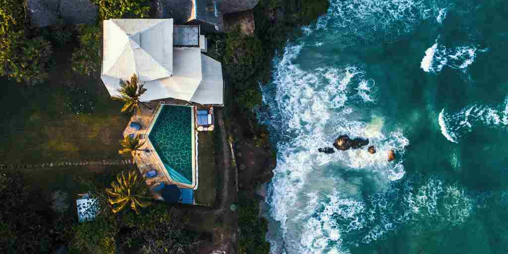 10 Aeriel view of Cliff Villa.jpg