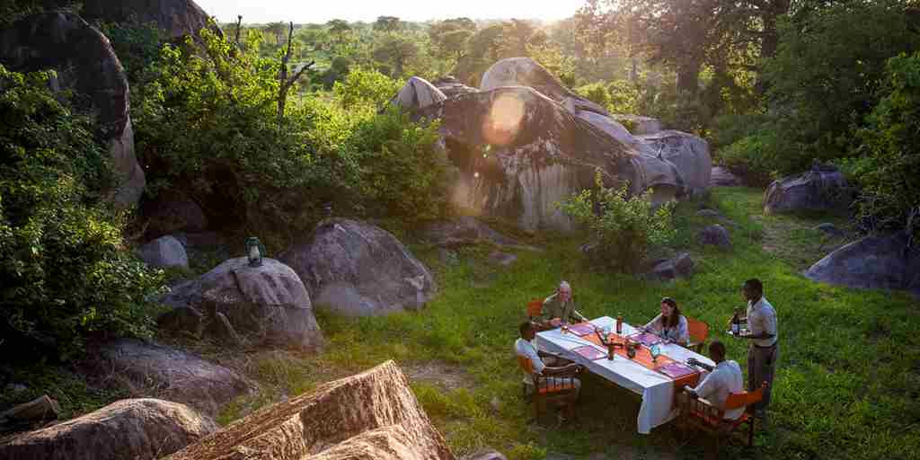 jabali-ridge-outdoor-sunset-lunch.jpg