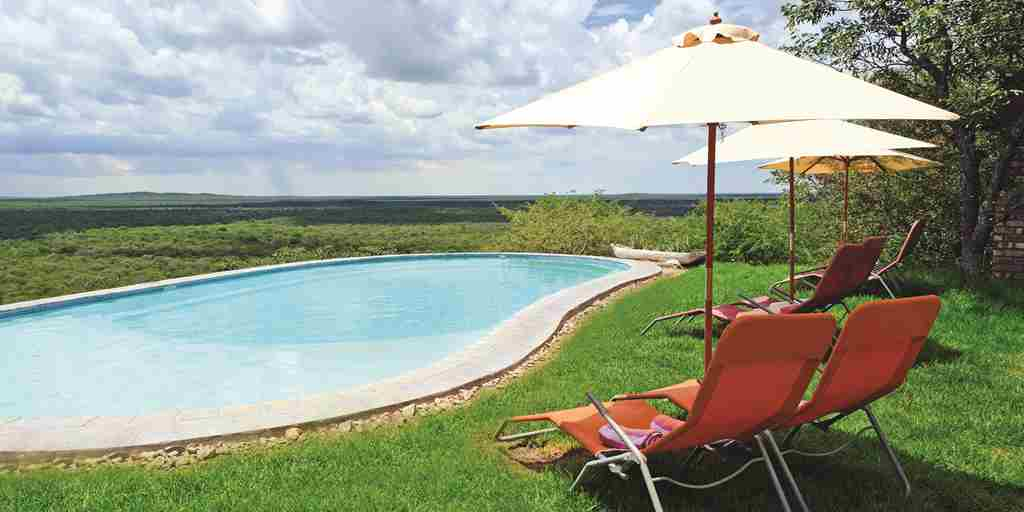Lodge-pool-setting-namibia.jpg