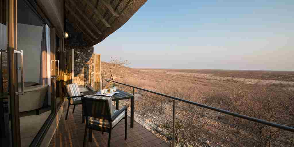 Safari-lodge-balcony.jpg