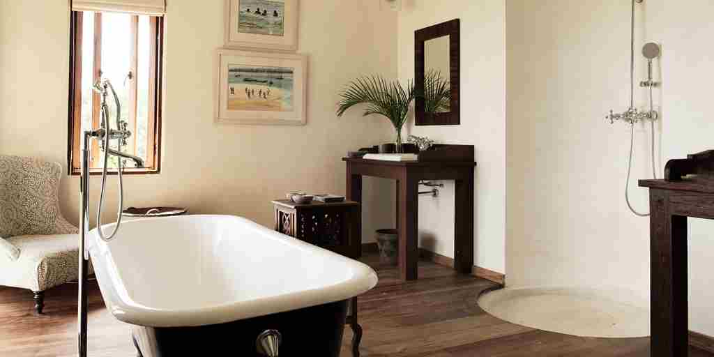 Plantation-bathroom.jpg