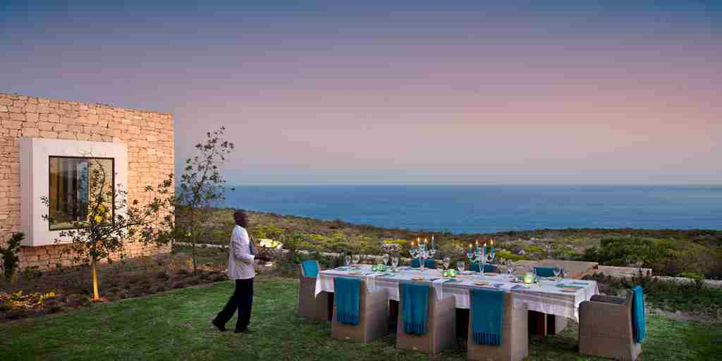 Morukuru-Ocean-House-outside-dining.JPG