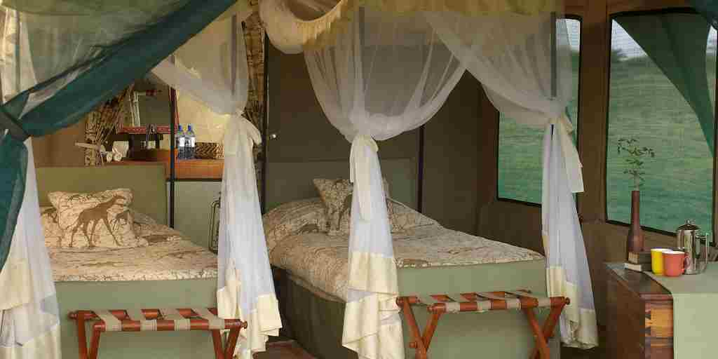Kirurumu-serengeti-twin-bed-tent.jpg