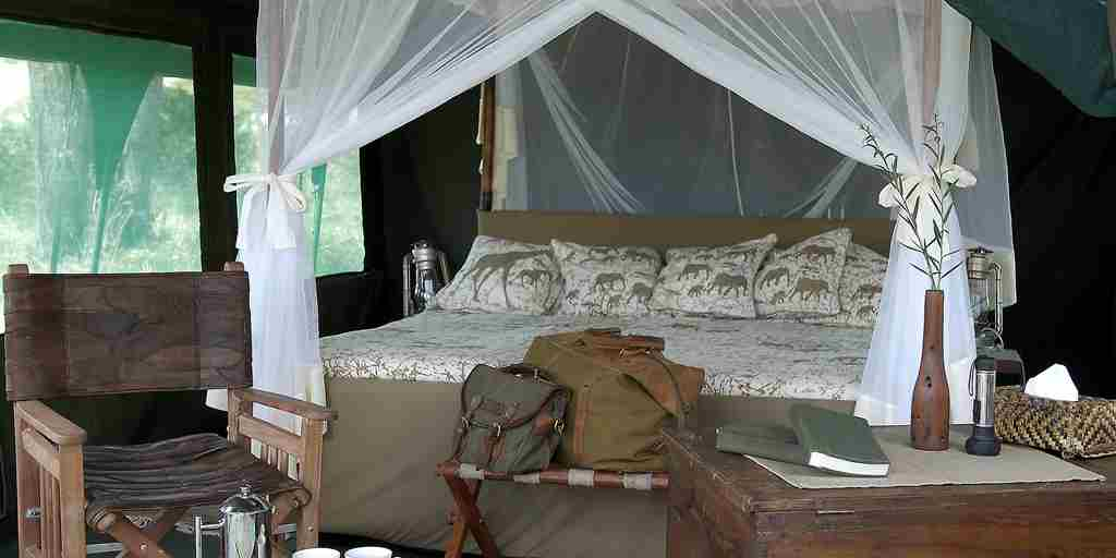 Traditional-safari-tent-tanzania.jpg