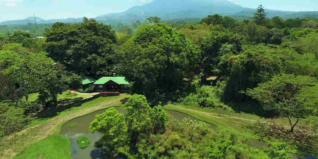 Meru-lodge-ariel-view.jpg