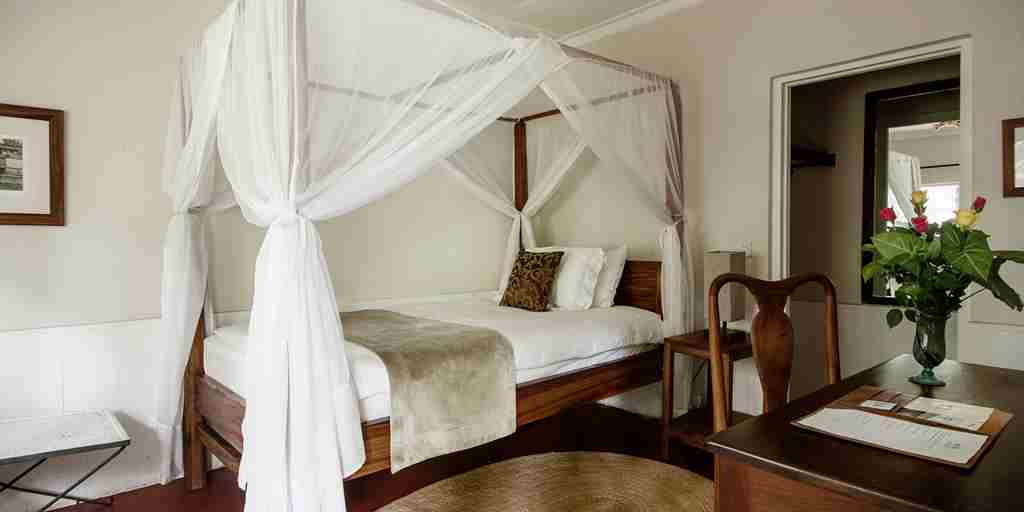 Tanzania-Lodge-single-bedroom.jpg