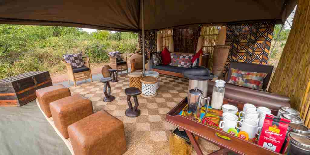 Hwange-bush-camp-lounge.jpg