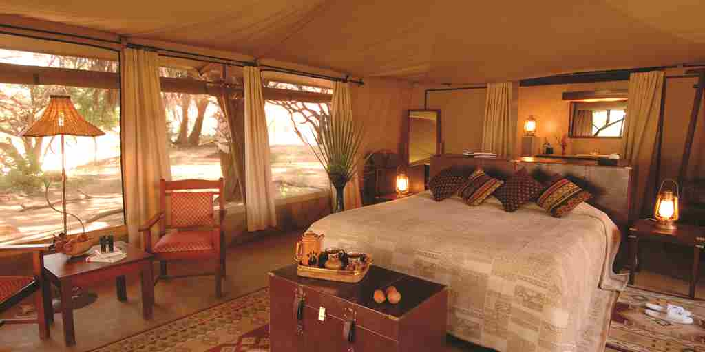 Larsens-Camp-bedroom-Kenya.jpg