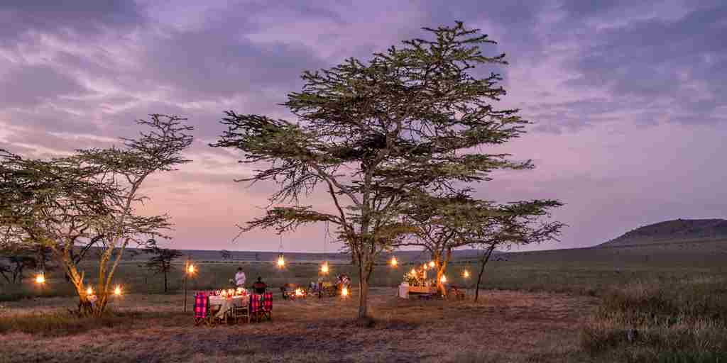 Kenya-Safari-Dinner.jpg