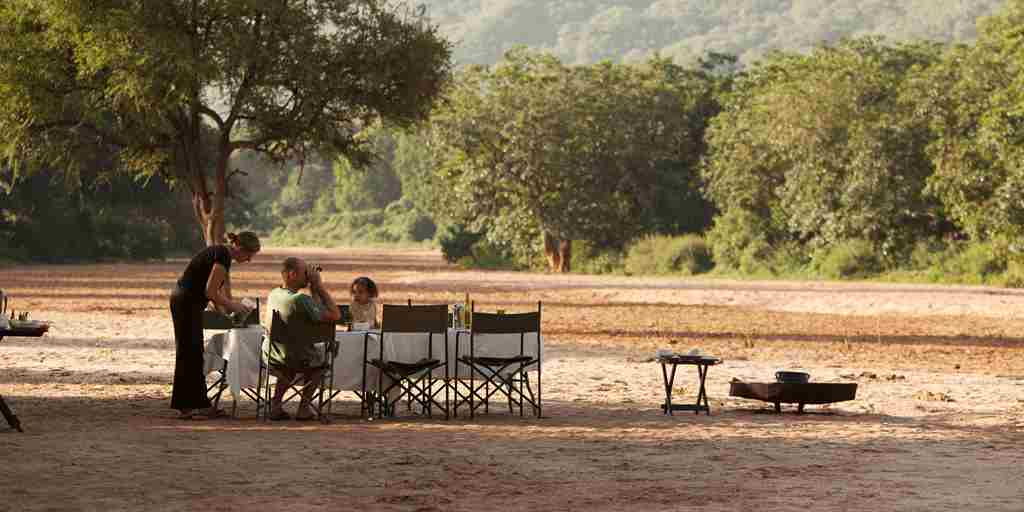 Manyara-Green-Camp-Breakfast.jpg
