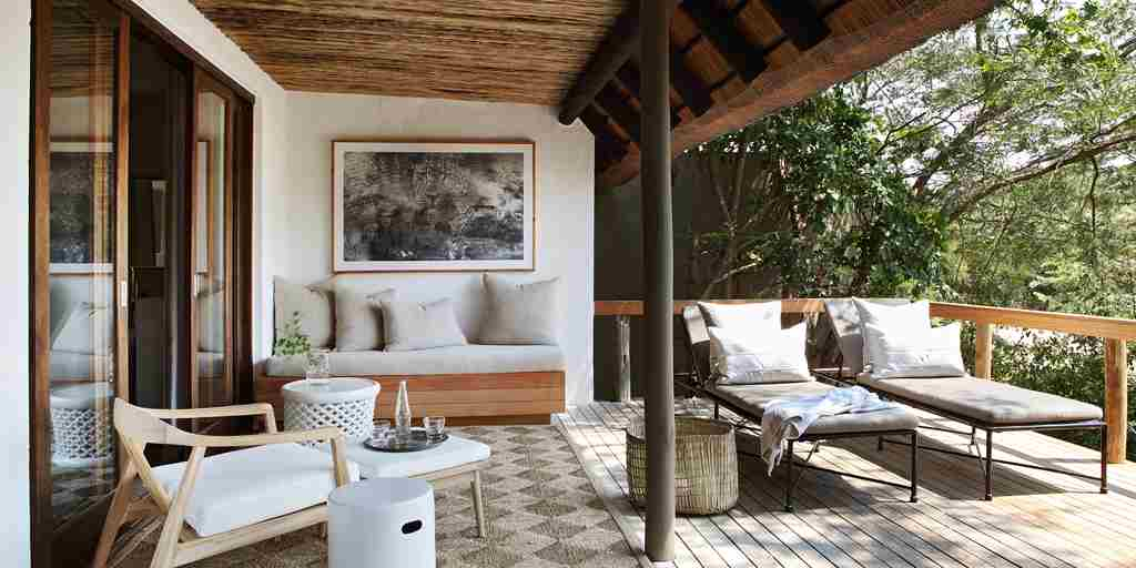 Londolozi-Varty-Camp-Deck.jpg