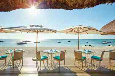 the-beach-restaurant-lux-le-morne-hotel-image.jpg