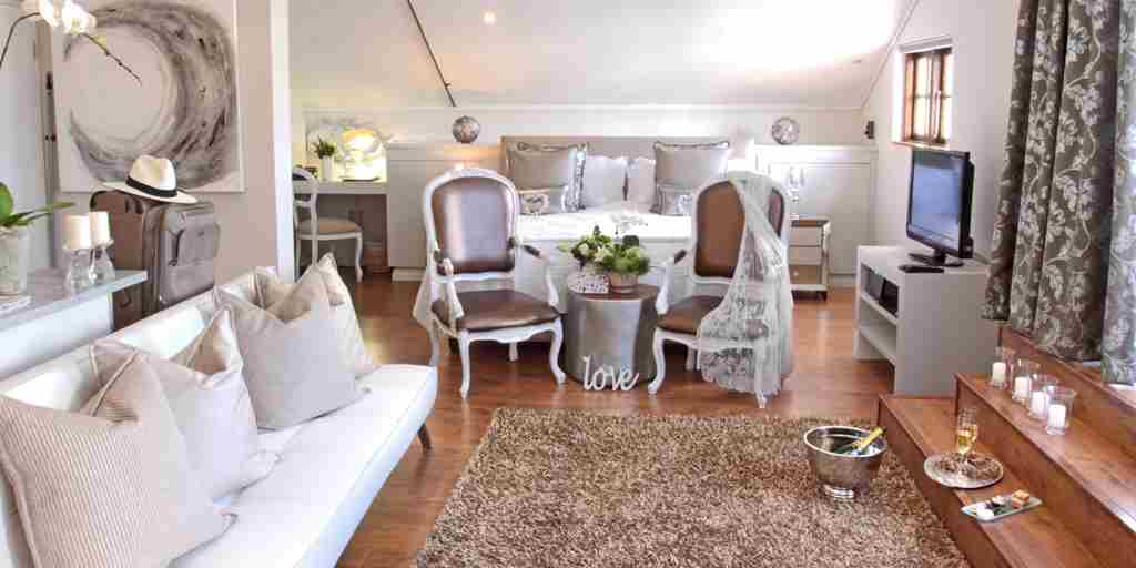 honeymoon-suite-turbine-boutique-hotel-south-africa.jpg