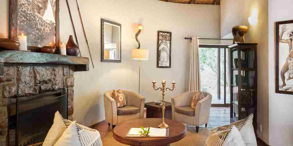 family-suite-lounge-serondella-lodge-south-africa.jpg