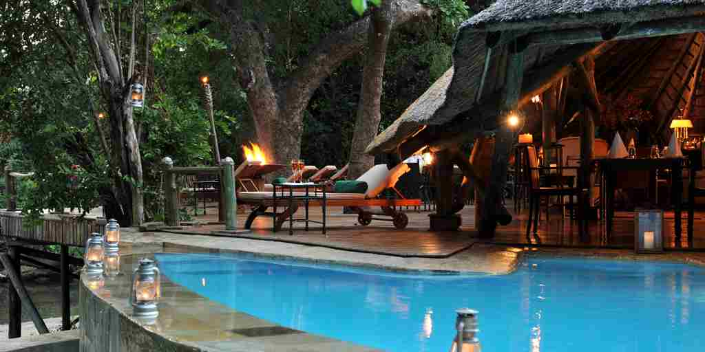 selous-serena-pool-at-dusk.JPG