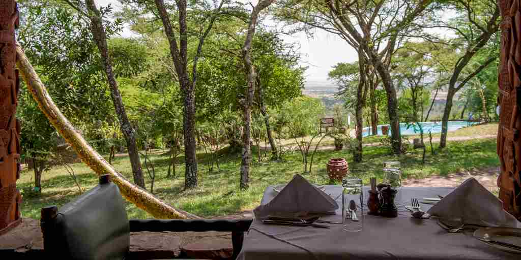 Serena Serengeti dining view