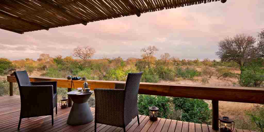 rockfig-safari-lodge-bedroom-deck.jpg