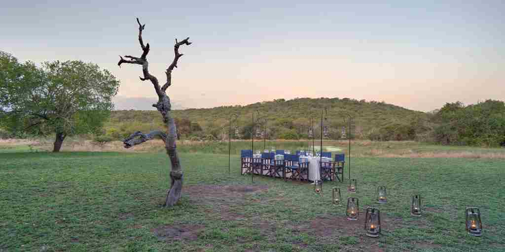 Phinda Zuka Lodge bush dining