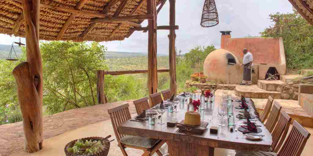 borana-lodge-dinner.jpg