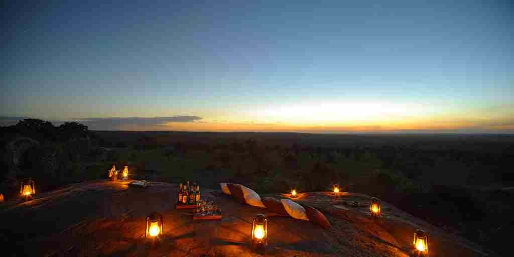 sundowner-serengeti-bushtops-game-drive-tanzania-yellow-zebra-safaris.jpg