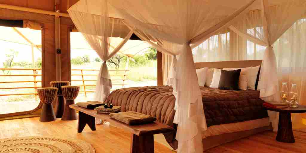 tent-bedroom-serengeti-bushtops-game-drive-tanzania-yellow-zebra-safaris.jpg