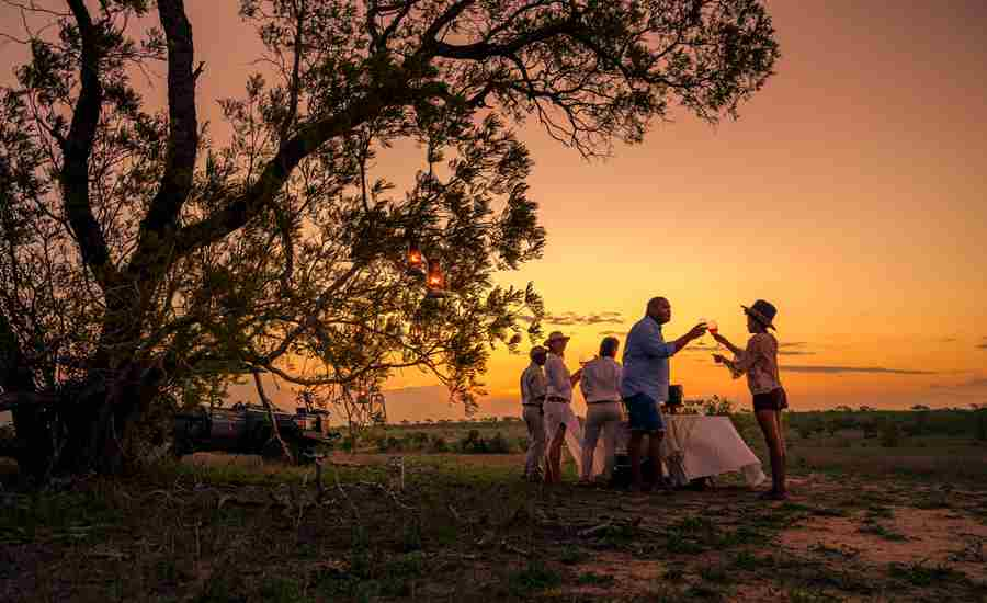 sundowners-game-drive-cheetah-plains-south-africa-yellow-zebra-safaris.jpg