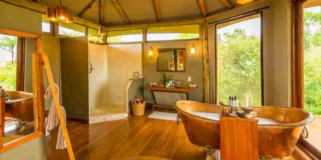 salas-camp-bathroom-kenya.jpg