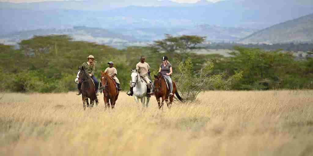 solio lodge horseriding kenya