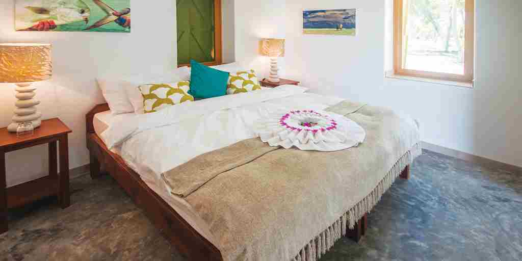 BlueSafari-coral-house-bed-room-seychelles.jpg