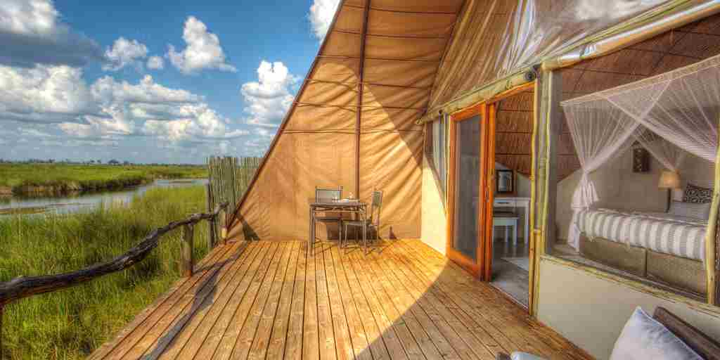 Okuti-Botswana-deck-outside.jpg