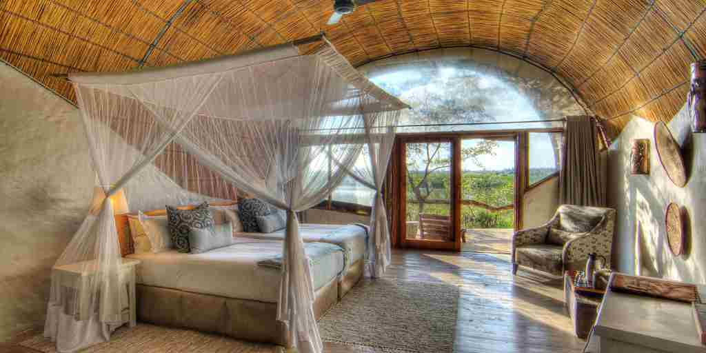 Okuti-Botswana-double-bedroom.jpg