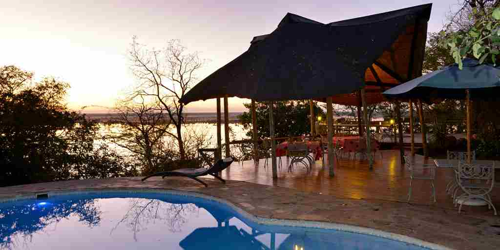 Muchenje-Safari-Lodge-pool.jpg