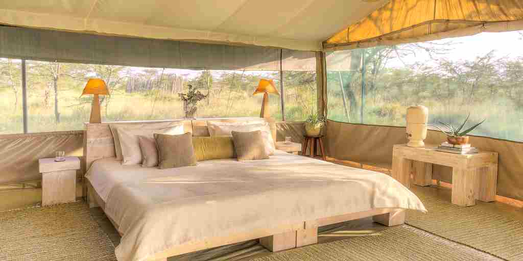 Kicheche-Bush-Camp-tent-double-bed.jpg