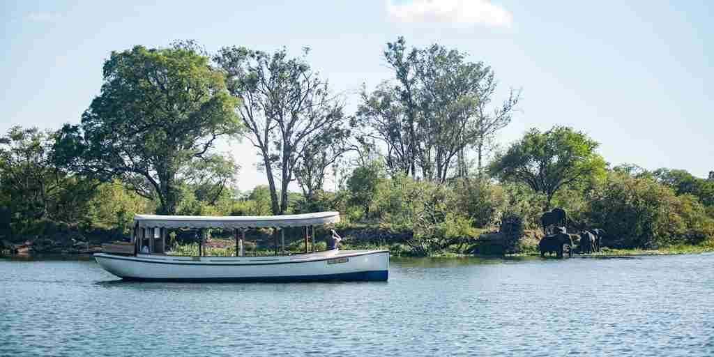 Ilala Lodge breakfast cruise