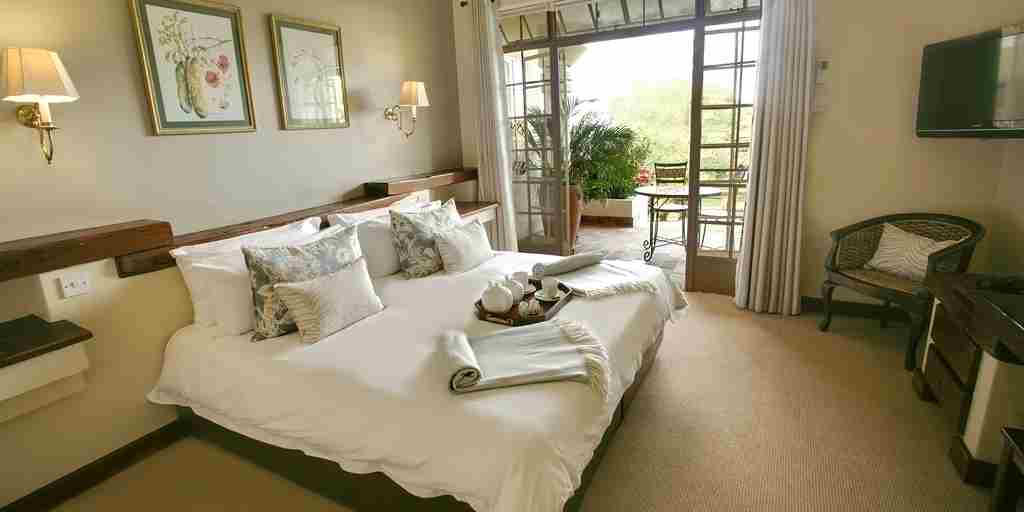 Ilala Lodge double bed
