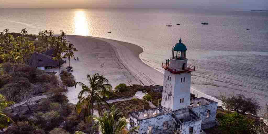 Tanzania-Fanjove Island -aerial of island-lighthouse.jpg