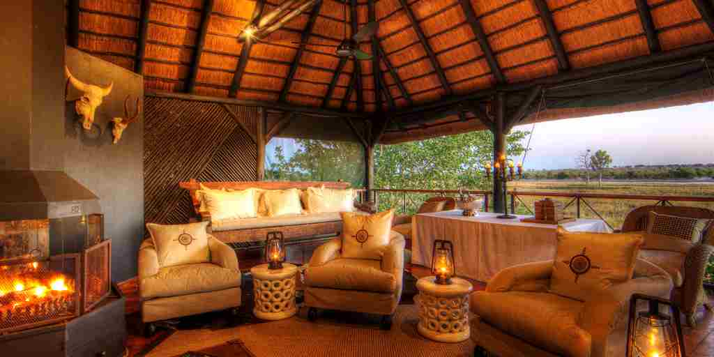 Chobe-Savanna-Lodge-lounge.jpg